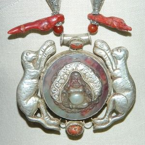 Jewelry - Vintage Tibetan Silver Red Coral Necklace